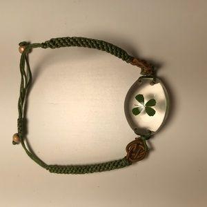 Four leaf clover Irish bracelet